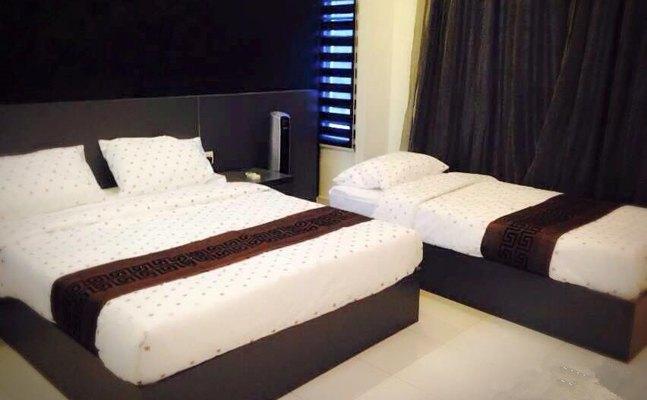 I Homestay Bukit Indah Room
